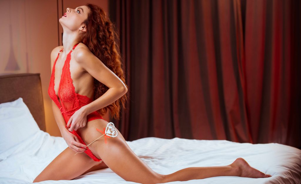 Berlin escorts with perfect tits and red hair